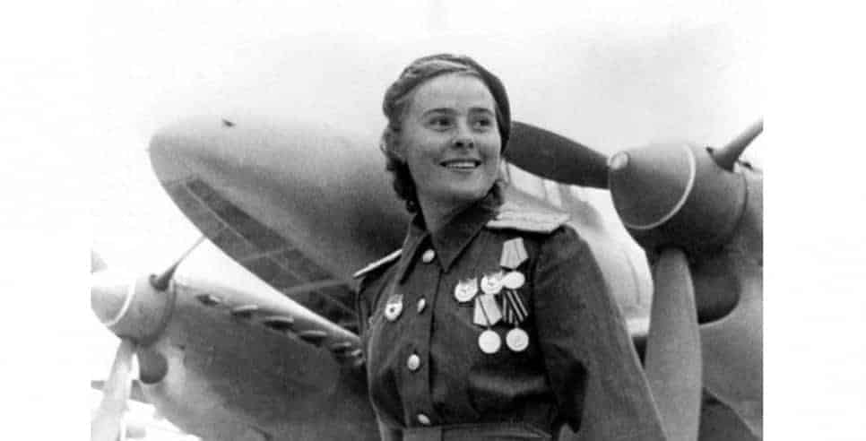 10 Fearless Female War Heroes You Didn't Learn About in History Class