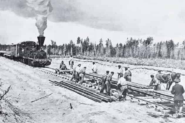 5 Ways the Trans-Siberian Railroad Set the Stage For WWII