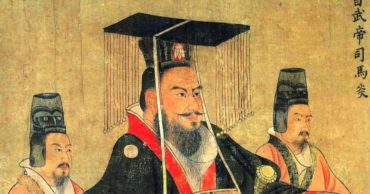 The Rise and Fall of the Han Dynasty