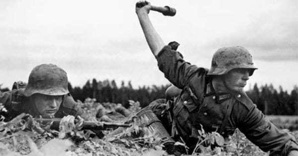 32 Photographs of Hitler's Operation Barbarossa