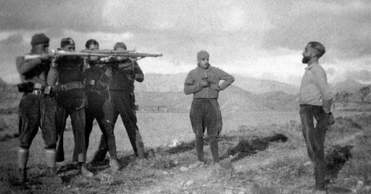 24 Photographs from the Brutal Spanish Civil War