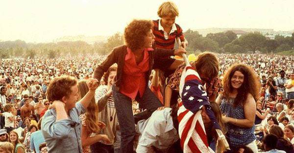 26 Photographs of the America's 1976 Bicentennial Celebration