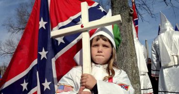 32 Chilling Images of the Ku Klux Klan and Their Children