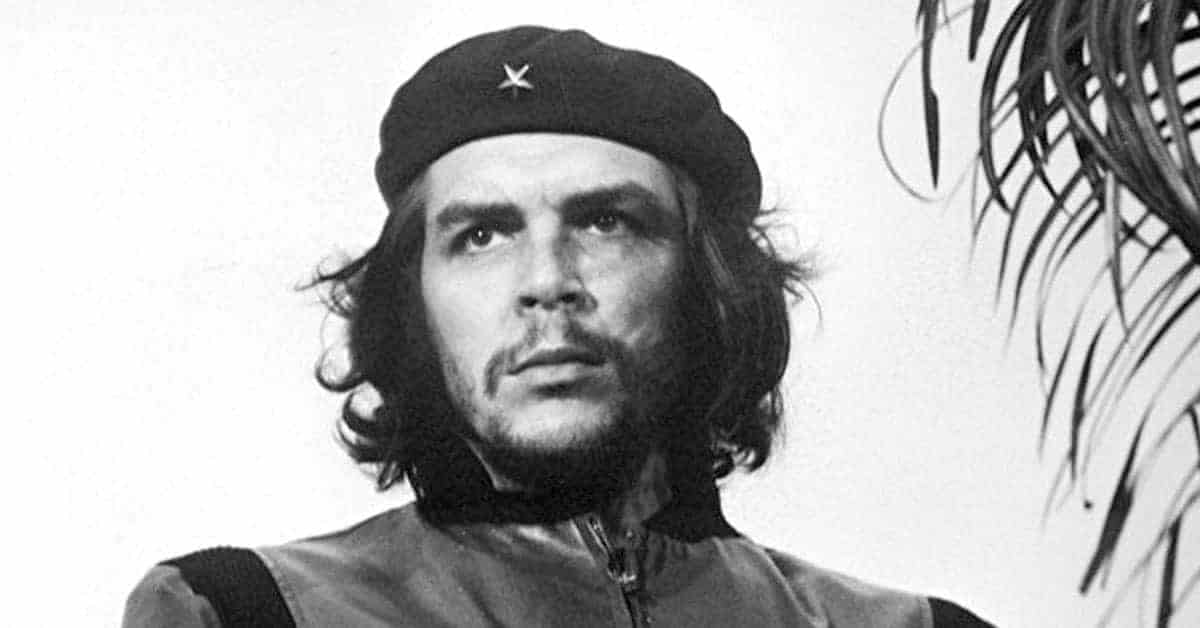 35 Pictures of the Revolutionary Che Guevara