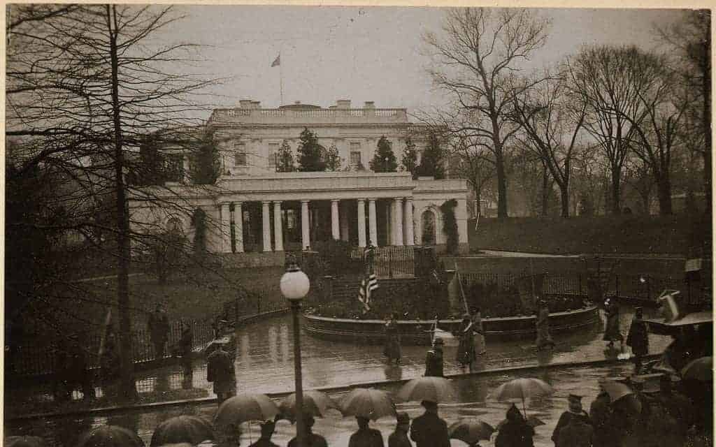 10 Groundbreaking Events of the American Women's Suffrage Movement