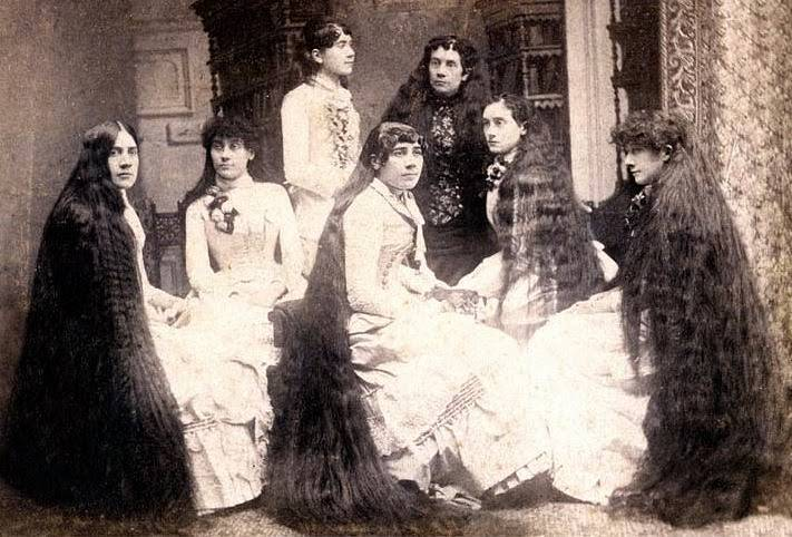 The Sutherland Family had 37 Feet Of Hair Between 7 Sisters